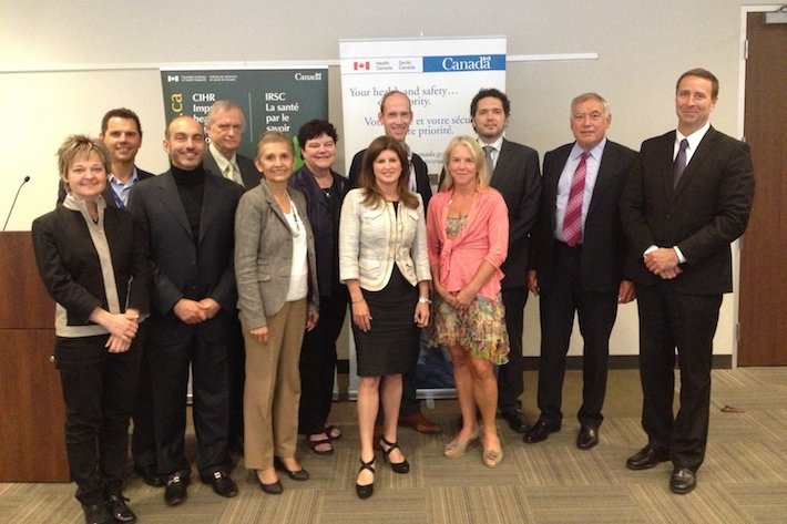 Photo of Ministry of Health Round Table discussion on technological innovation in healthcare – September 2013, Toronto, ON