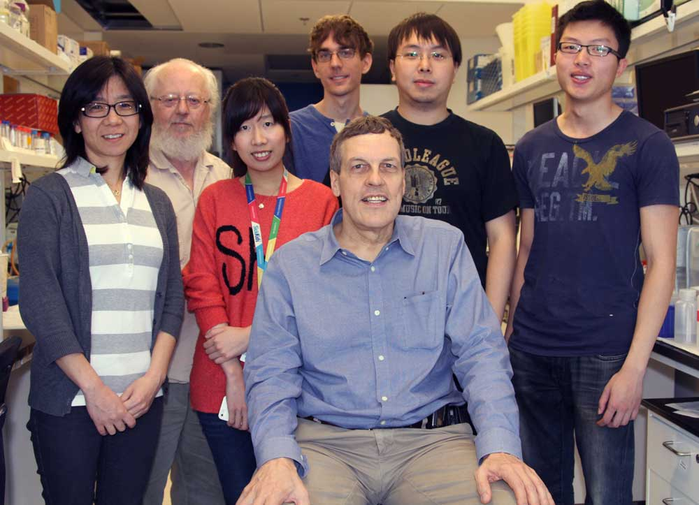 Kahr lab members group photo