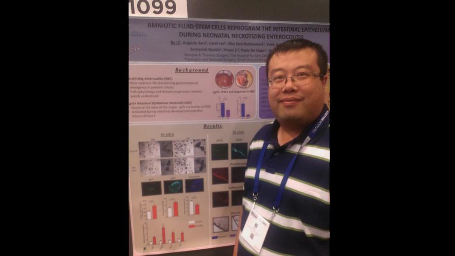 Photo of Bo Li (PhD), presenting his poster in San Francisco at ISSCR (June 2016)